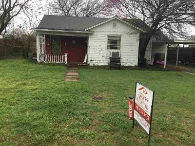 Henrietta Single Family Home Active W/Option Contract: 711 N Graham Street