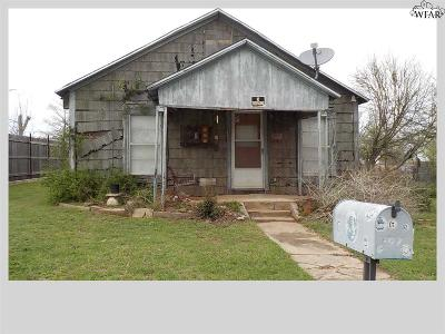 Burkburnett Single Family Home For Sale: 407 E 7th Street