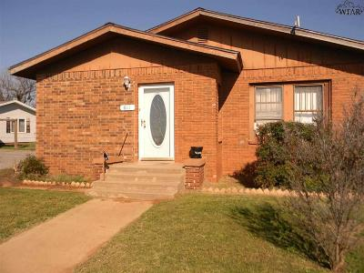 Electra TX Single Family Home For Sale: $48,000