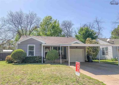 Wichita Falls Single Family Home Active W/Option Contract: 3416 Barrett Place