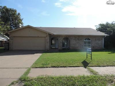 Wichita Falls Single Family Home Active W/Option Contract: 4 Chanute Circle