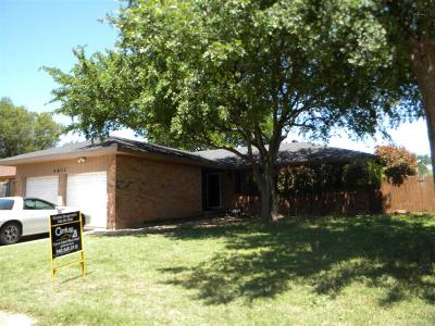 Wichita Falls Single Family Home Active W/Option Contract: 4802 Lindale Drive