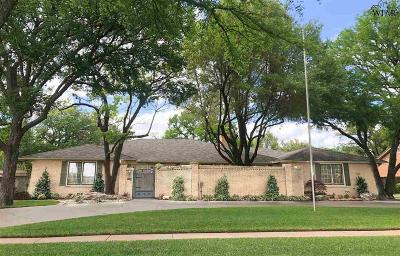 Wichita Falls Single Family Home For Sale: 2204 Midwestern Parkway