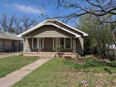 Wichita Falls Single Family Home For Sale: 2500 Holliday Road