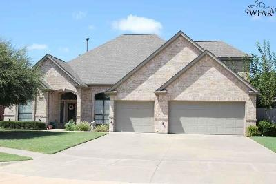 Wichita Falls Single Family Home Active W/Option Contract: 2 Maplewood Court