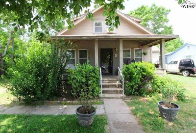 Single Family Home For Sale: 517 W 3rd Street