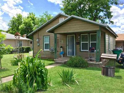 Henrietta Single Family Home For Sale: 715 N Main Street