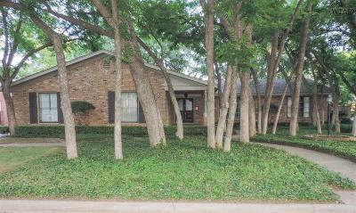 Wichita Falls Single Family Home Active W/Option Contract: 2407 Clayton Lane