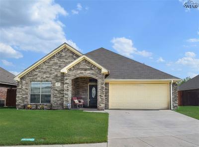 Wichita Falls Single Family Home Active W/Option Contract: 4923 Olivia Lane