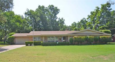 Wichita Falls Single Family Home Active W/Option Contract: 4505 Wynnwood Drive