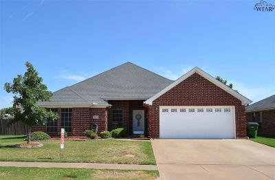 Wichita Falls Single Family Home Active W/Option Contract: 6112 Sandy Hill Boulevard