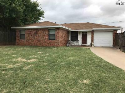 Wichita County Single Family Home For Sale: 1 Kathryn Court