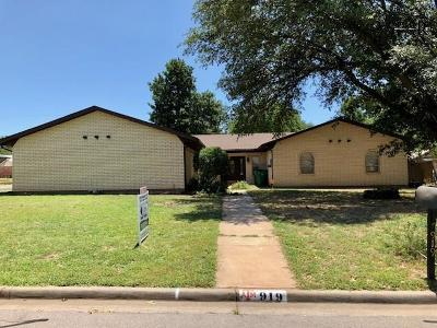 Burkburnett Single Family Home For Sale: 919 Kiowa Drive