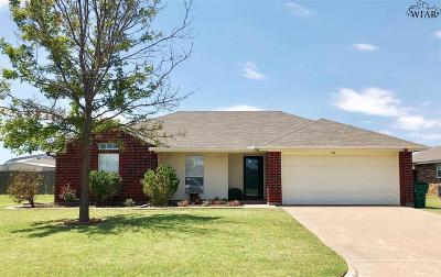 Burkburnett Single Family Home For Sale: 504 Silver Sage Circle