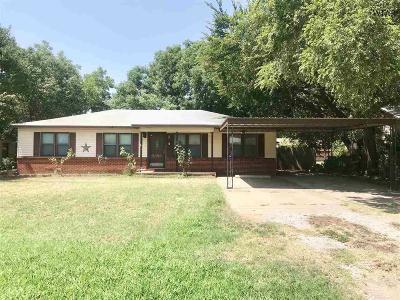 Burkburnett TX Single Family Home For Sale: $72,500