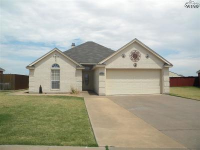Burkburnett TX Single Family Home For Sale: $179,000