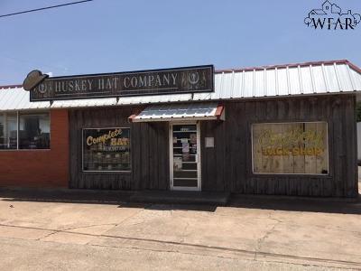 Commercial For Sale: 1225 E Scott Avenue