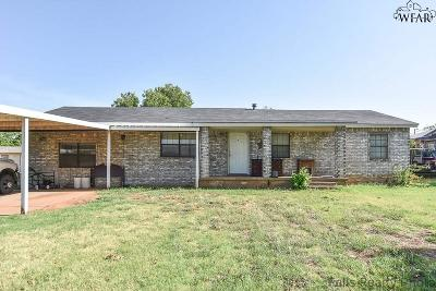 Iowa Park Single Family Home For Sale: 408 W Pecan Street