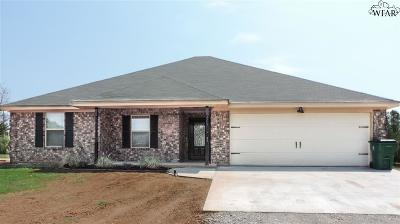 Archer County Single Family Home For Sale: 35 Edgewater Drive