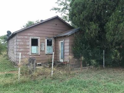 Archer County Single Family Home For Sale: 304 E Olive Street