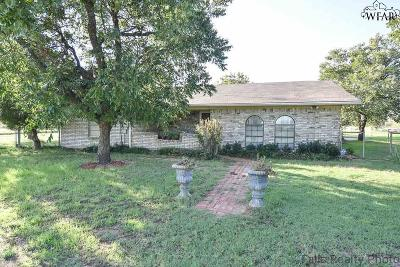 Iowa Park Single Family Home For Sale: 5849 Fm 1206
