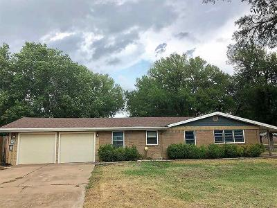 Wichita Falls Single Family Home For Sale: 4216 Meadowbrook Drive