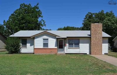 Wichita Falls Single Family Home For Sale: 1432 Tanbark Road