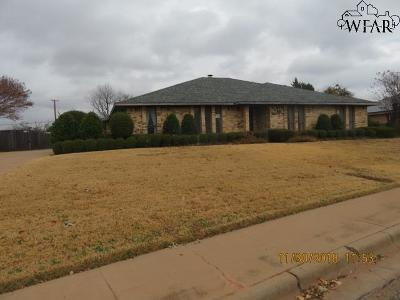 Wichita Falls Single Family Home For Sale: 4410 Ridgemont Drive