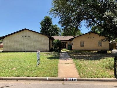 Burkburnett Single Family Home For Sale: 919 Kiowa Drive