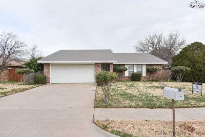 Wichita Falls Single Family Home Active W/Option Contract: 5404 Page Drive