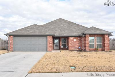 Wichita Falls Single Family Home Active W/Option Contract: 6210 Talon Trail