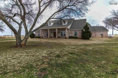 Burkburnett Single Family Home For Sale: 8339 Tica Road