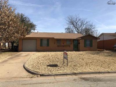 Wichita Falls Single Family Home For Sale: 1617 Cimarron Trail