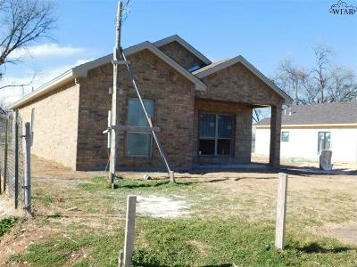 Burkburnett TX Single Family Home For Sale: $179,900