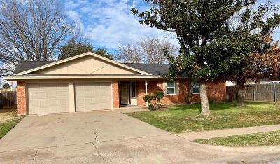 Wichita Falls Single Family Home For Sale: 4202 Prince Edward Drive