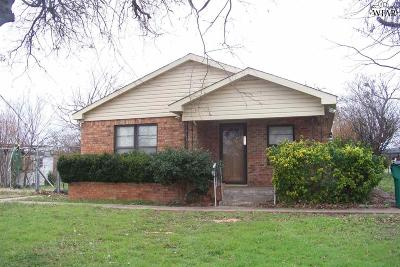 Iowa Park Single Family Home Active W/Option Contract: 700 S Texowa Road