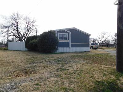 Burkburnett TX Single Family Home For Sale: $83,900