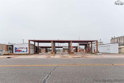 Commercial For Sale: 124 E 3rd Street