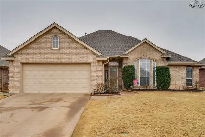 Wichita Falls Single Family Home Active W/Option Contract: 4924 Spring Hill Drive