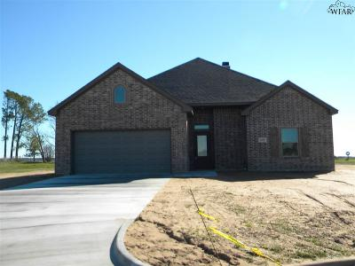 Burkburnett TX Single Family Home For Sale: $217,900