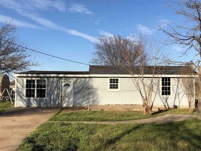 Wichita County Single Family Home For Sale: 1532 Clover Lane