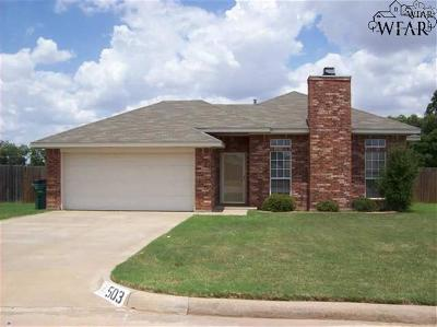 Burkburnett Single Family Home Active W/Option Contract: 503 Silver Sage Drive