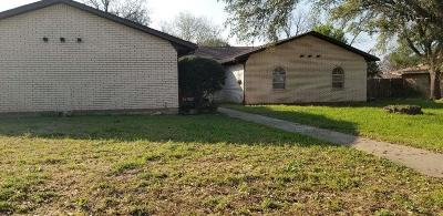 Burkburnett Single Family Home Active W/Option Contract: 919 Kiowa Drive
