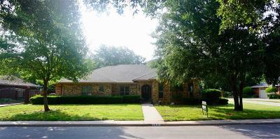Wichita Falls Single Family Home For Sale: 1807 Brazos Brazos Street