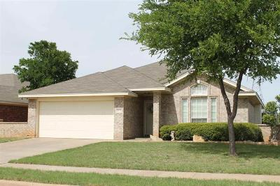 Wichita Falls Single Family Home Active W/Option Contract: 6034 Van Dorn Drive