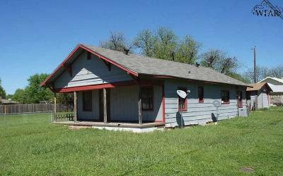 Wichita County Rental For Rent: 323 S Park Avenue