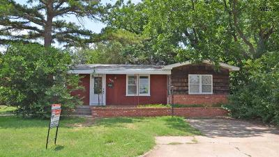 Wichita Falls Single Family Home For Sale: 2404 Bridwell Street