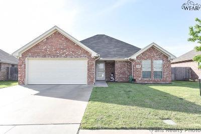 Wichita Falls Single Family Home For Sale: 4911 Falcon Crest