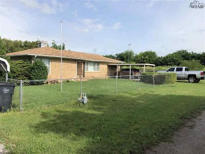 Wichita County Single Family Home For Sale: 1112 Fell Lane