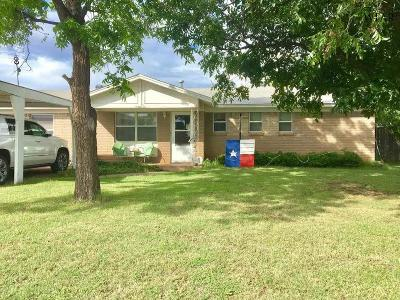 Iowa Park Single Family Home Active W/Option Contract: 1006 West Highway